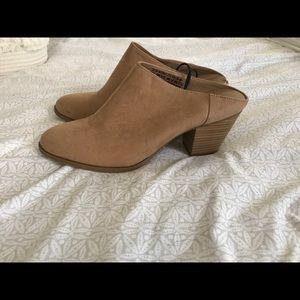 Shoes - Gap Mules